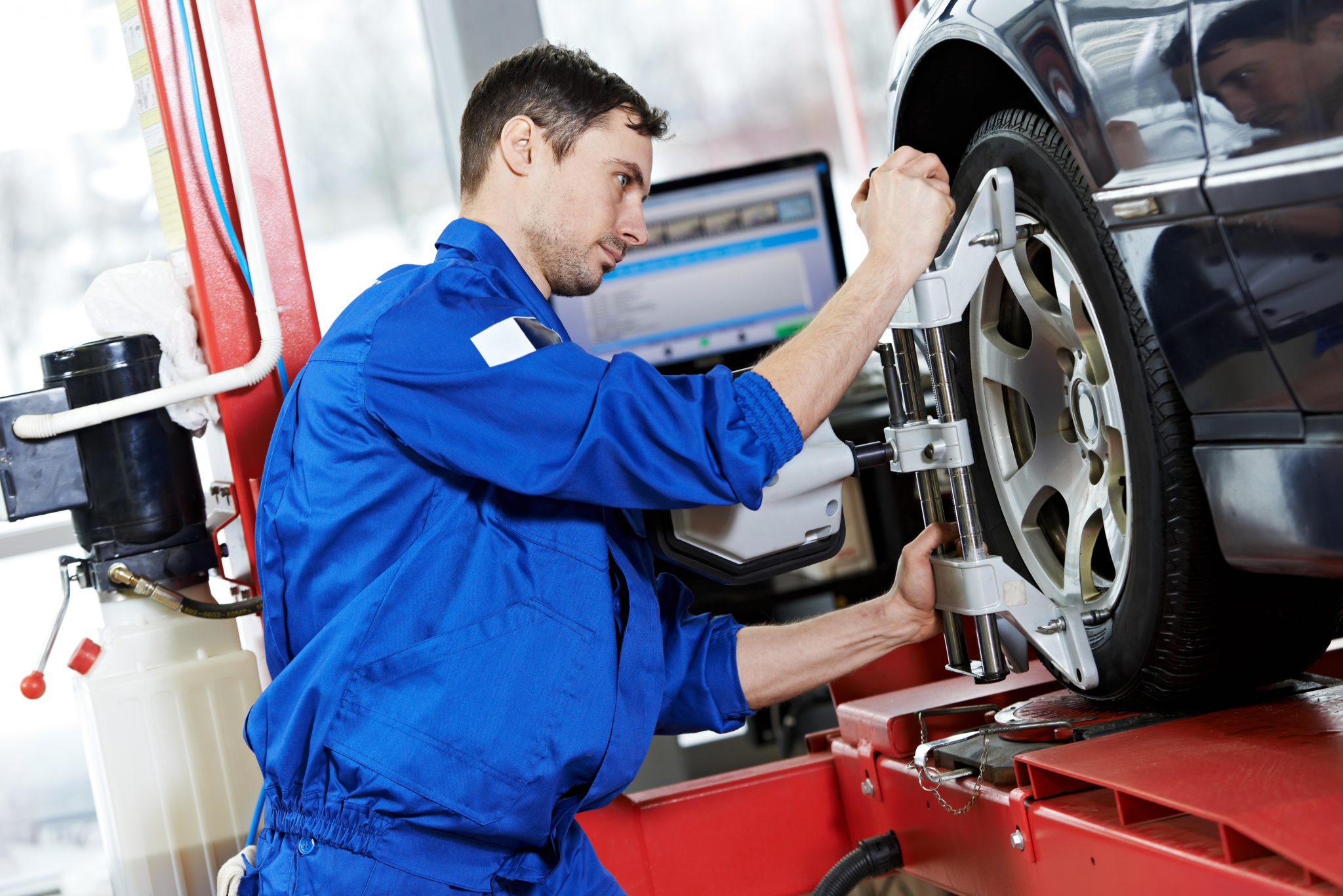 tire alignment technician